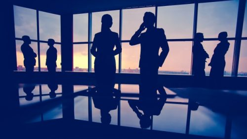 silhouettes-businesspeople-office_1098-2957